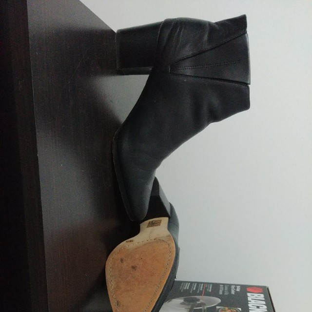 Vince Camuto Brissa Leather Booties