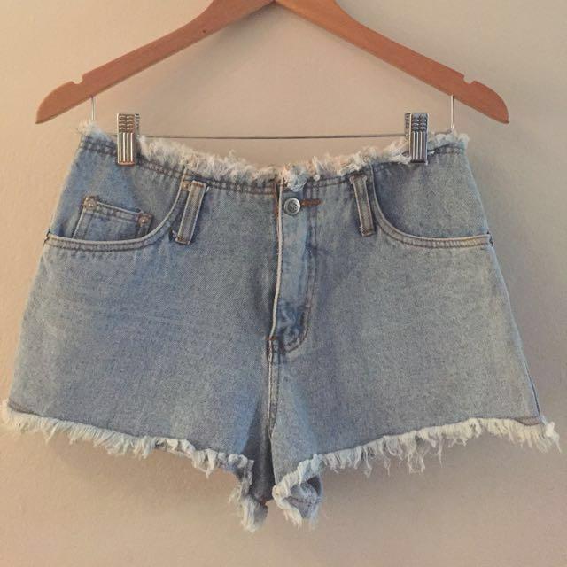 Vintage Perfect Frayed Denim Shorts