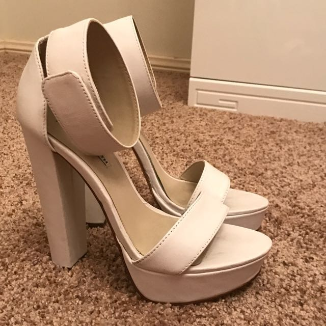 Windsor Smith Size 7 Heels