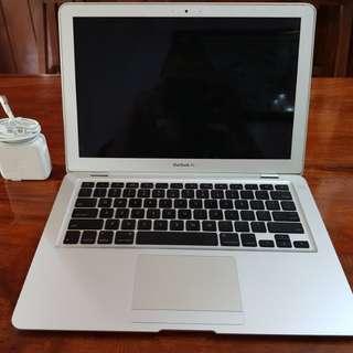Rush Sale:  Macbook Air 13 inches A1237