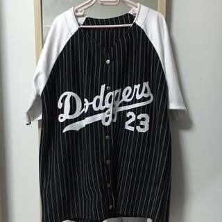 Dodgers Top