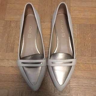 Aldo Leather Flats - Taupe