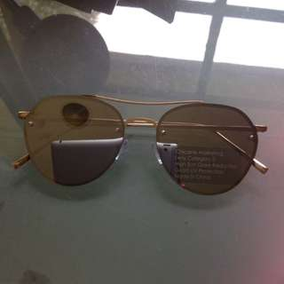 Miss coco gold sunnies