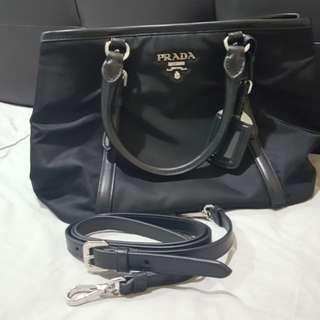 Authentic Prada Handbag BN1841 (Black)
