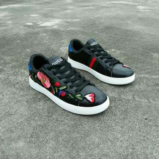 Gucci black floral