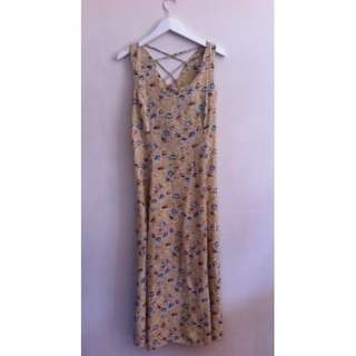 Old School Miss ShopSummery Beige Floral Dress Size 12