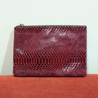 Clutch Maroon ( Preloved )
