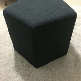 Foot stool or Tuffet