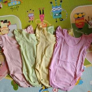 Kazel jumper size M (3-6 bulan)