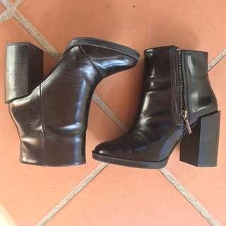 Zara Trafuluc Black Heeled Boots