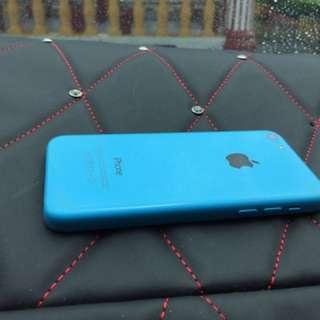Iphone 5c to letgo (condition 10/10)