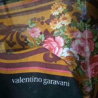 Authentic valentino garavani scarf