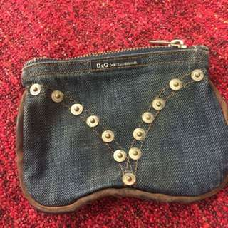 Coin pouch with zipper