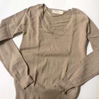 Zara vneck sweater