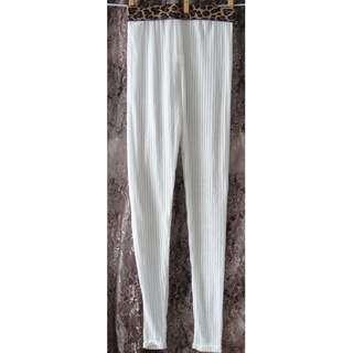 白色紗質內搭褲 耐穿有型