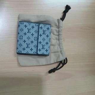 LV wallet monogram trifold