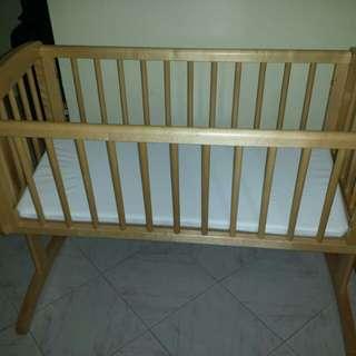 Newborn wooden crib swing