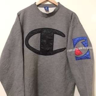 Champion sweatshirt (BIG LOGO)