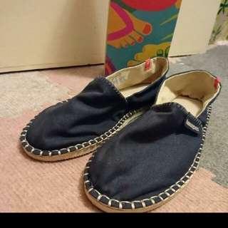 Havaianas深藍色平底鞋