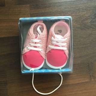 Sneaker for babies