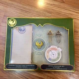 Harry Potter Wizarding World Fantastic Beasts Macusa Stationary Set