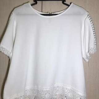 BAYO White Bottom and Shoulder Laced Blouse
