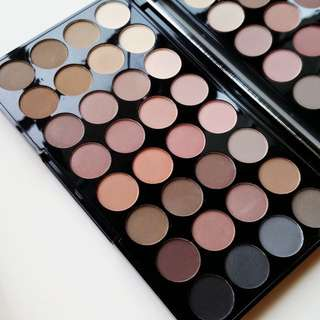 Flawless Matte Ultra 32 Eyeshadow Palette By Makeup Revolution