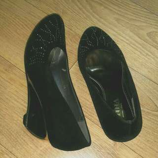 Anna moruna shoes.sized 235