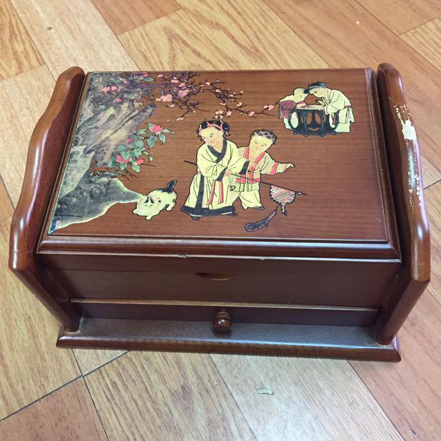典雅木製珠寶盒