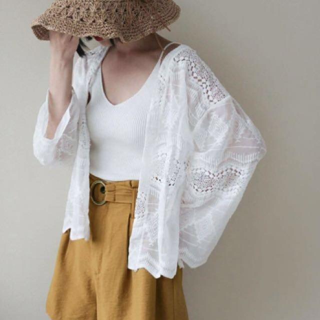 純白雕花罩衫