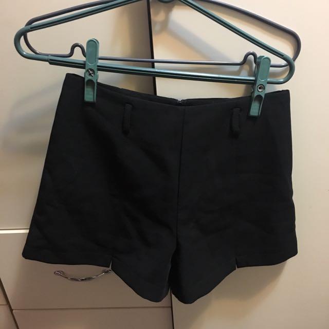 造型開衩西裝短褲