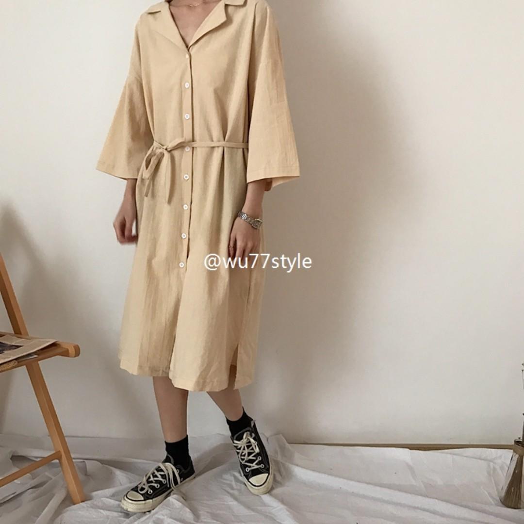 慵懶翻領排扣棉麻杏色連衣裙