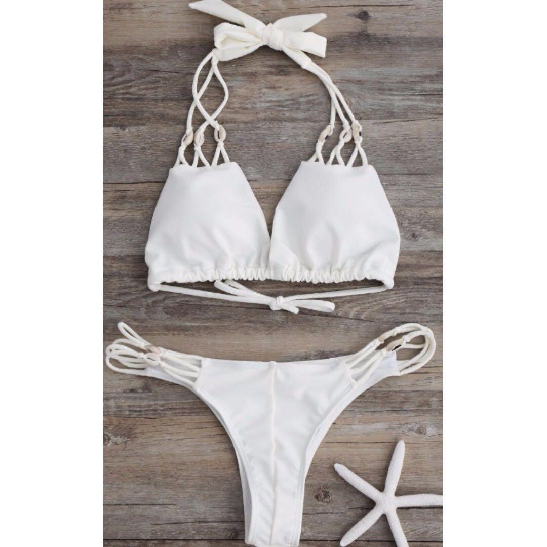 * One Left * White seashell Cheeky bikini Set (sm)