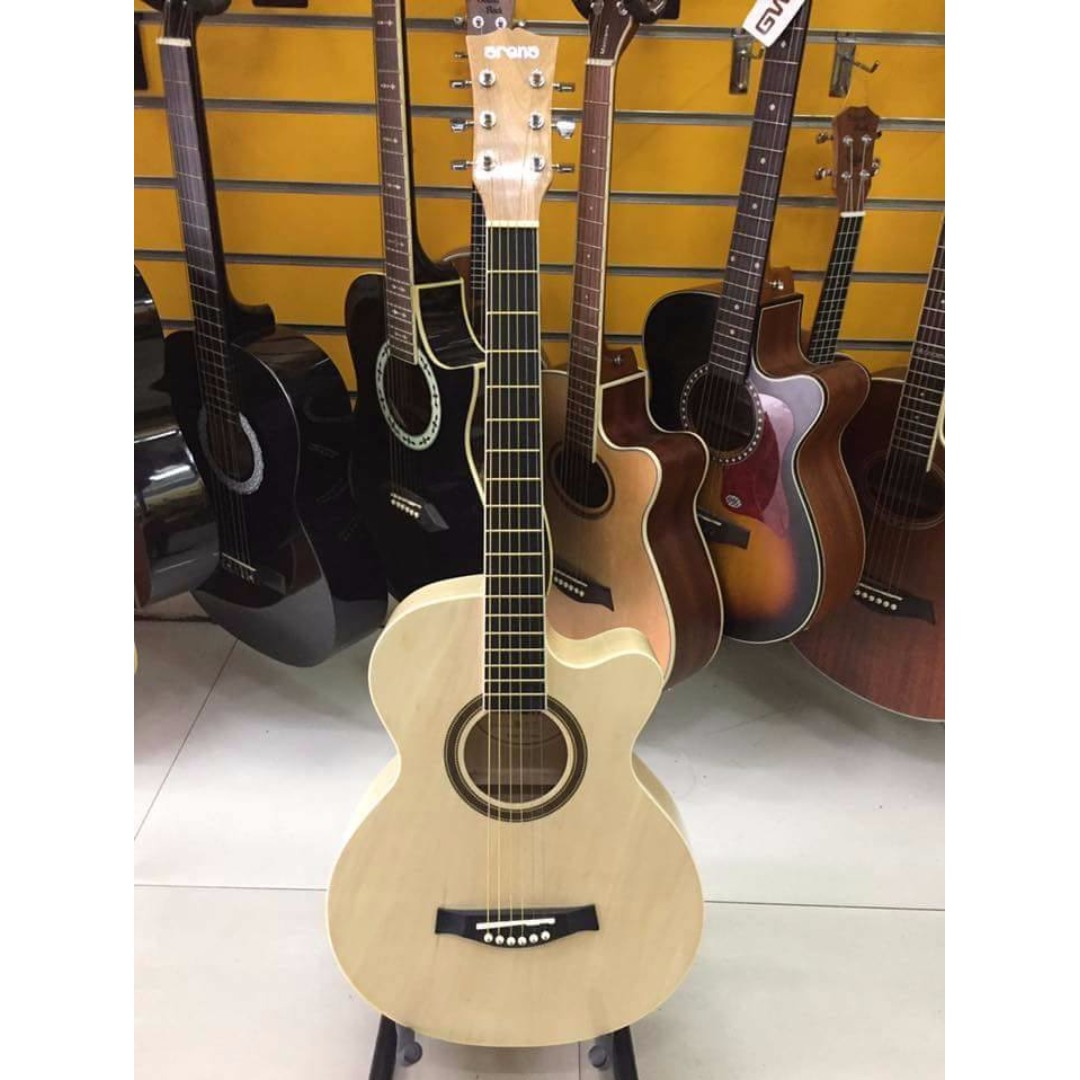 Acoustic Guitar Arena A38C