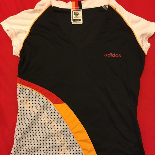 Adidas 愛迪達 2006德國 世足 球衣 女生s v領