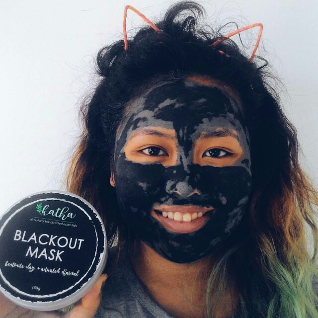 Anti acbe black out mask