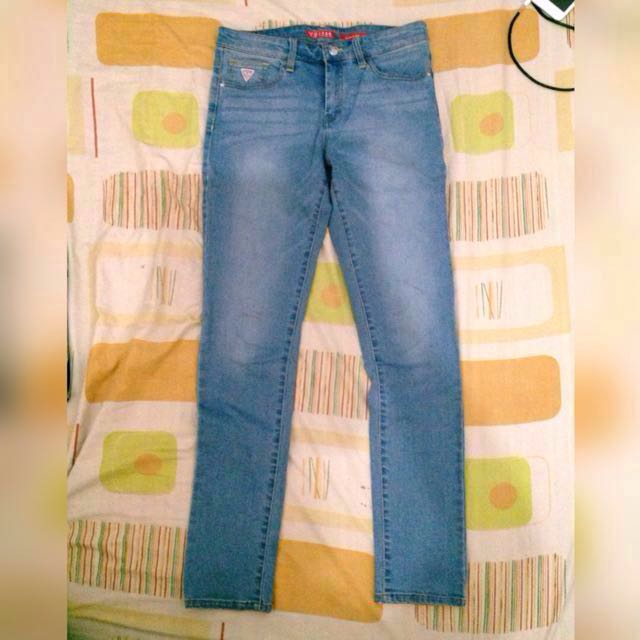 Authentic Guess 👖