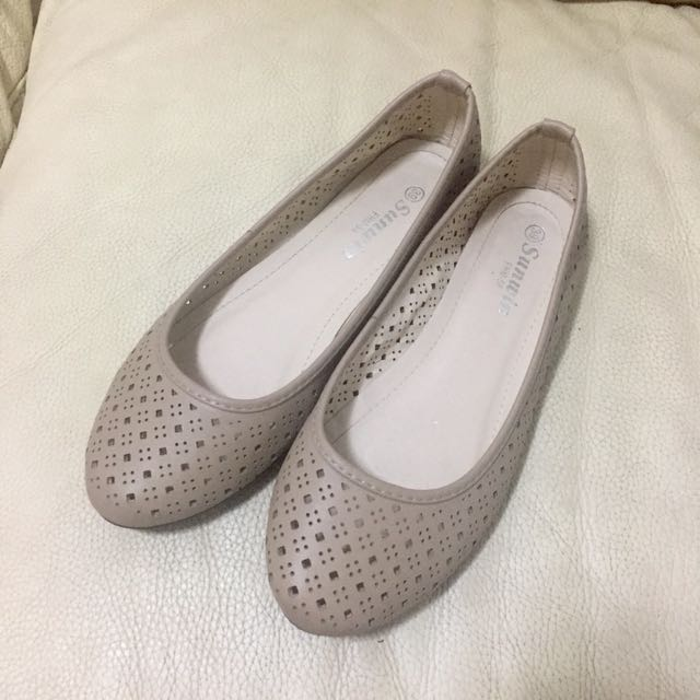 Beige Flats (size 39; fits size 8)