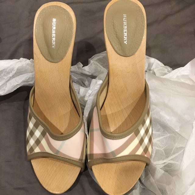 Brand new Burberry pink checked wooden heels