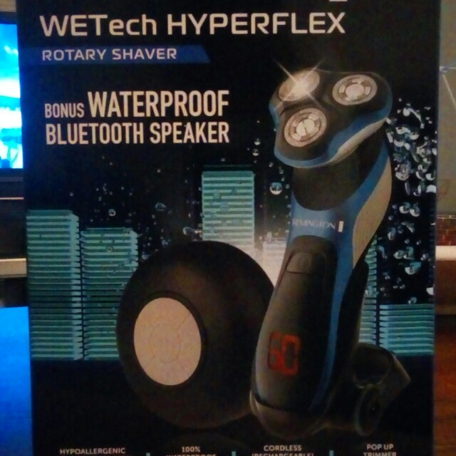 Brand new in box Remington WETech Rotary Shaver.