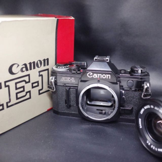 Canon AE-1 with Canon FD 28mm 1:2.8