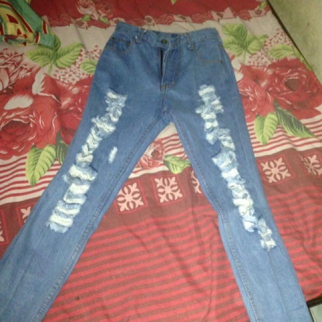 Celana Punny Jeans