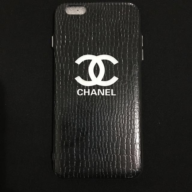 Chanel iPhone 6 + Case