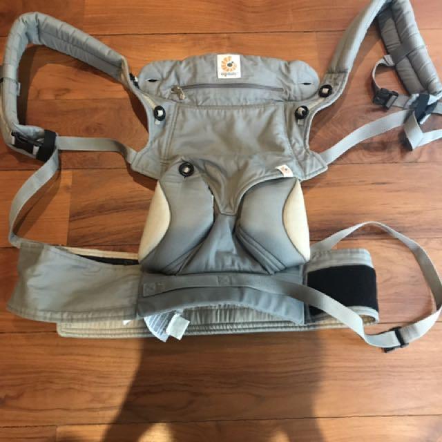 Ergo Baby 360 Grey color , good condition
