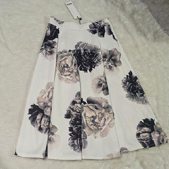 Flirty Highwaisted Skater Skirt
