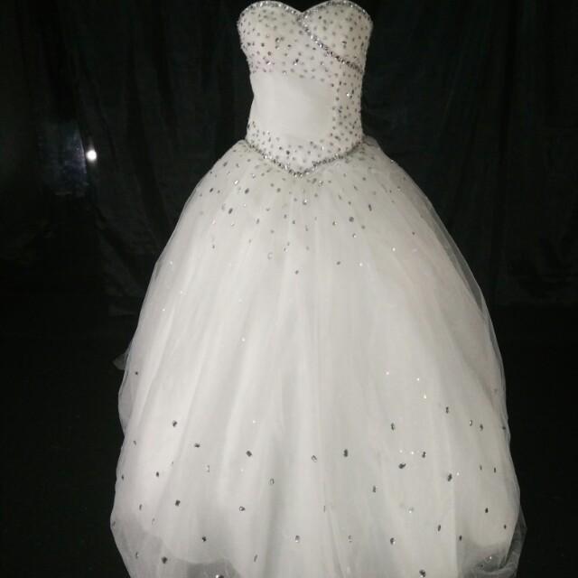 Gaun Pengantin Putih Olshop Fashion Olshop Wanita On Carousell