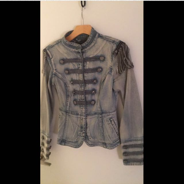GUESS vintage *REDUCED*