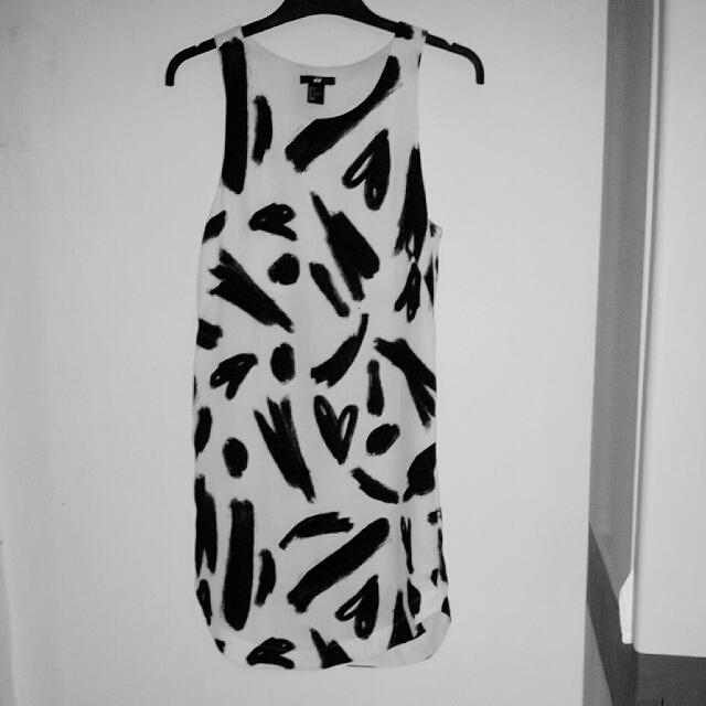 H&M Dress Love Pattern