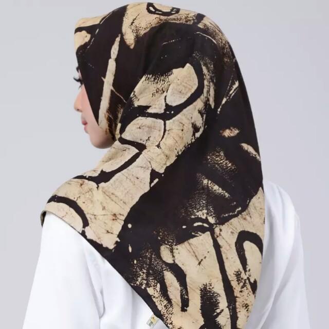 Jilbab preloved dian pelangi