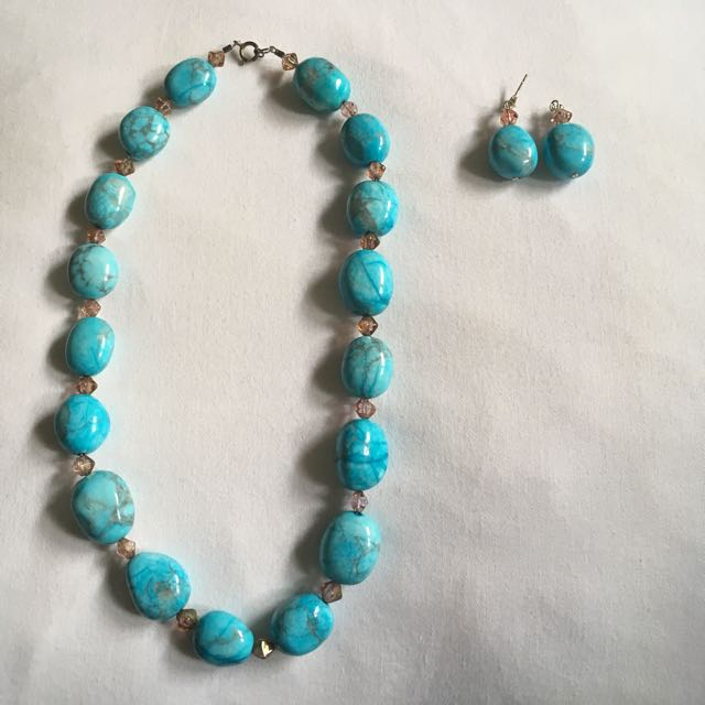 Matching Set Of Glass Earrings And Necklace